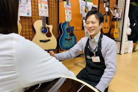 スタッフ写真ギターアドバイザー・ベース・アンプ・エフェクター・ドラム岡山