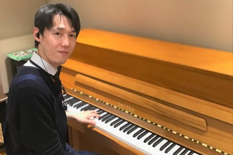 スタッフ写真アコースティックピアノ、デジタル楽器、ドラム髙橋