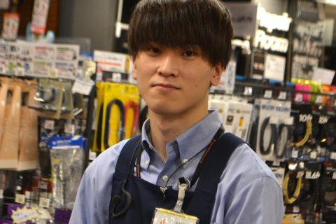 スタッフ写真菅野