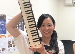 スタッフ写真音楽教室・電子ピアノ上林
