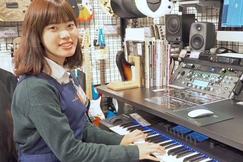 スタッフ写真スコア松澤