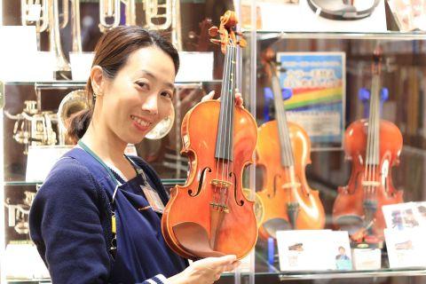 スタッフ写真バイオリン・教育楽器三上