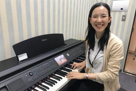 スタッフ写真ピアノインストラクター野田