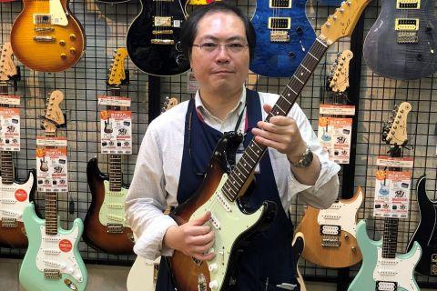 スタッフ写真(ギターアドバイザー) エレキギター / アンプ / シンセサイザー/PA 担当丸岡
