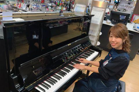 スタッフ写真副店長・ピアノアドバイザー伊藤