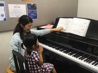 ピアノスクール レッスン風景
