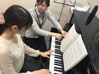 ピアノサロン レッスン風景