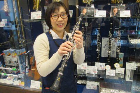 スタッフ写真管楽器、弦楽器アクセサリー早坂