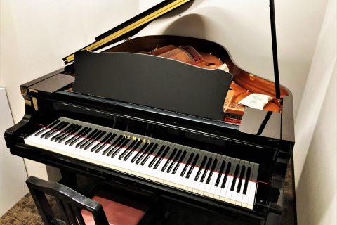 レッスン室 S3 グランドピアノ ヤマハ