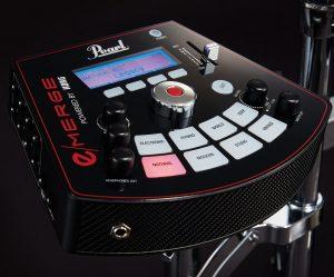 """シンプルで直感的に操作できるMDL-1音源モジュールは、コンパクトなボディに高速演算を可能にするマルチコア・プロセッサーを2つ搭載。不必要な圧縮やループがない、高音質で本当に """"使える"""" 音色が豊富に内蔵されています。"""