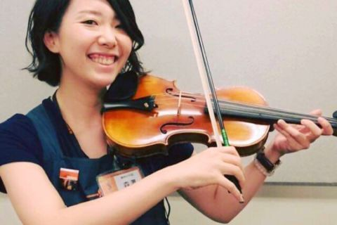 スタッフ写真音楽教室森澤