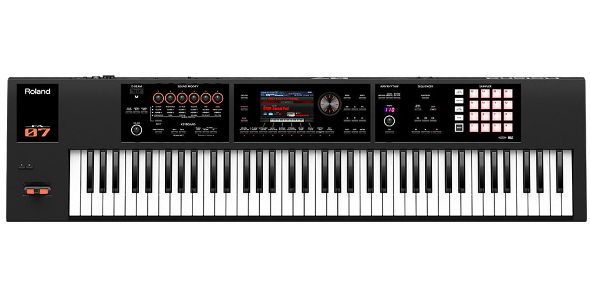 シンセサイザー Roland FA-07