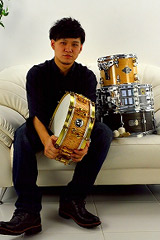 ドラム講師 原田 一平