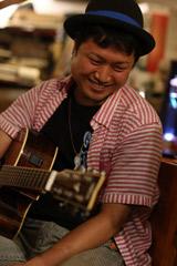 ギター講師 李 聖貴