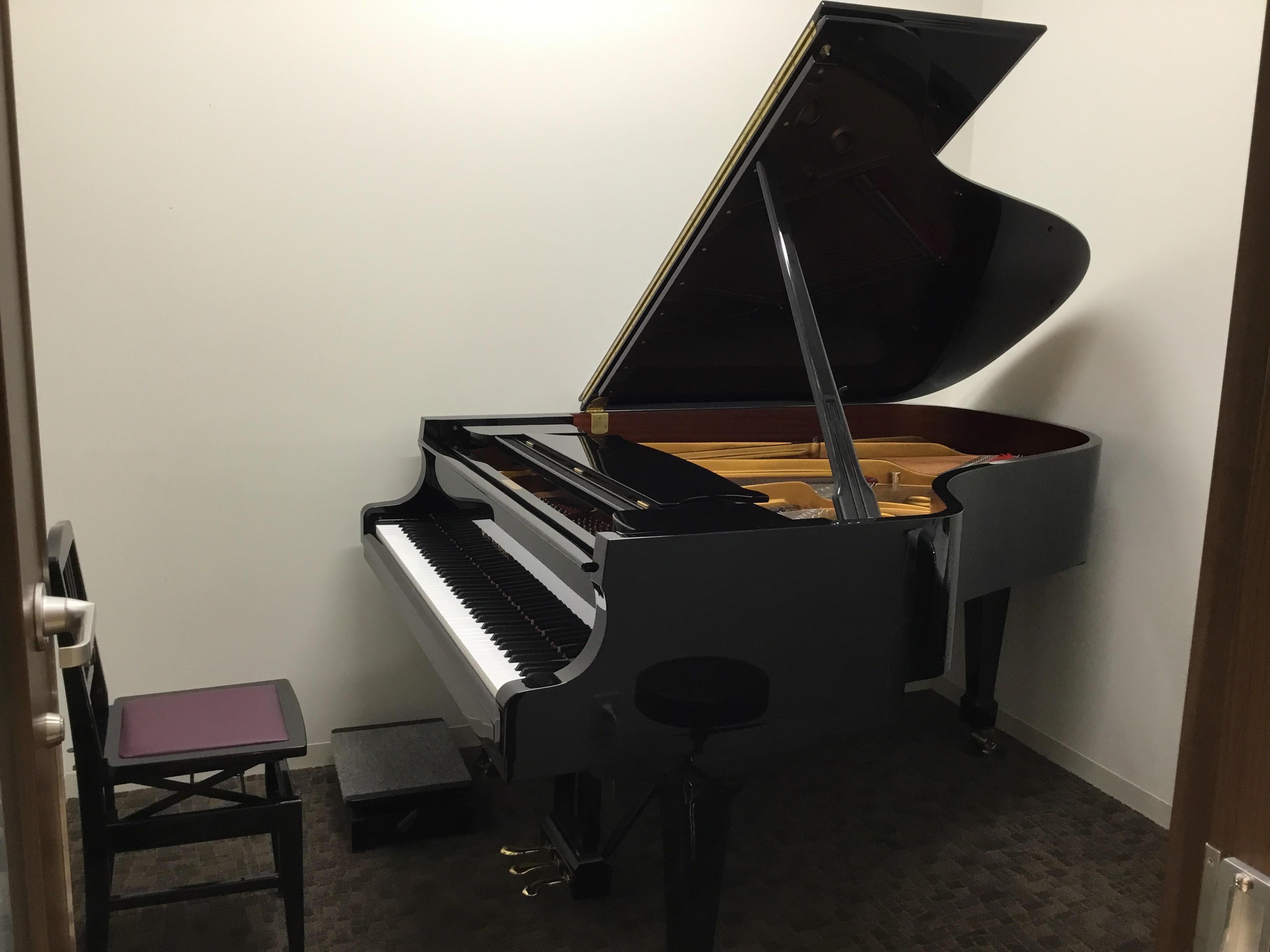 浦和グランドピアノレンタルスタジオ