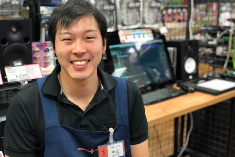 スタッフ写真WEB関連中山