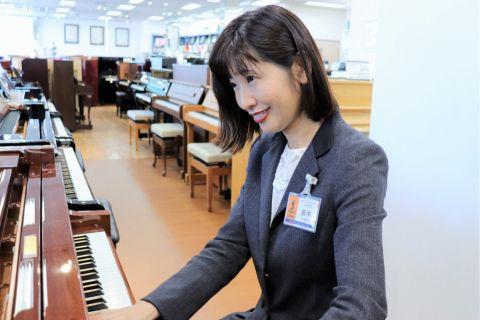 スタッフ写真販売営業 PTNA八千代ローズステーション運営田中 祐子