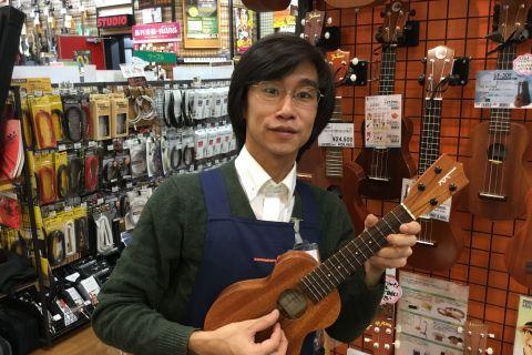 スタッフ写真アコースティックギター・ウクレレ・弦壁谷 文崇