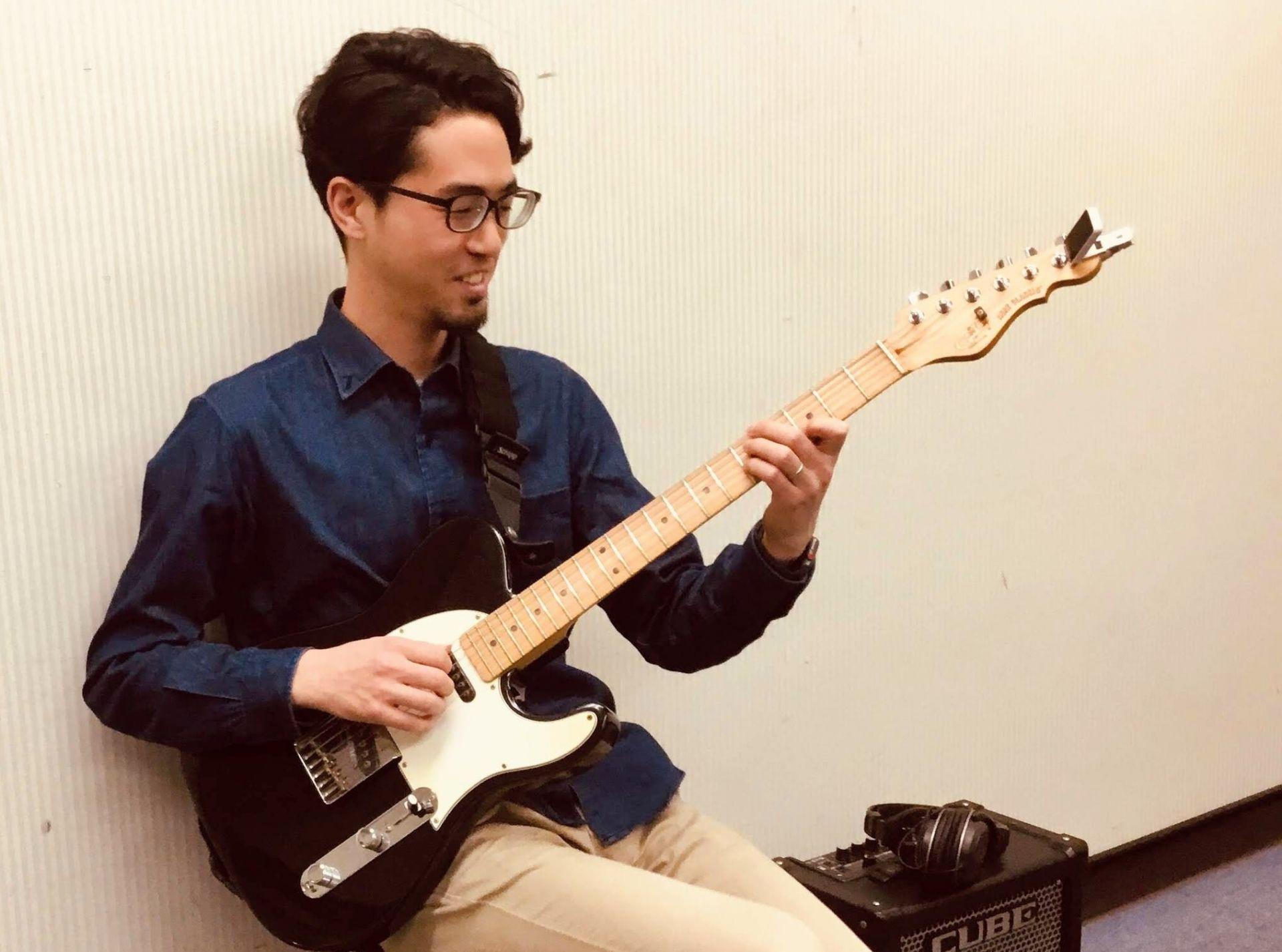 藤田強先生の演奏写真