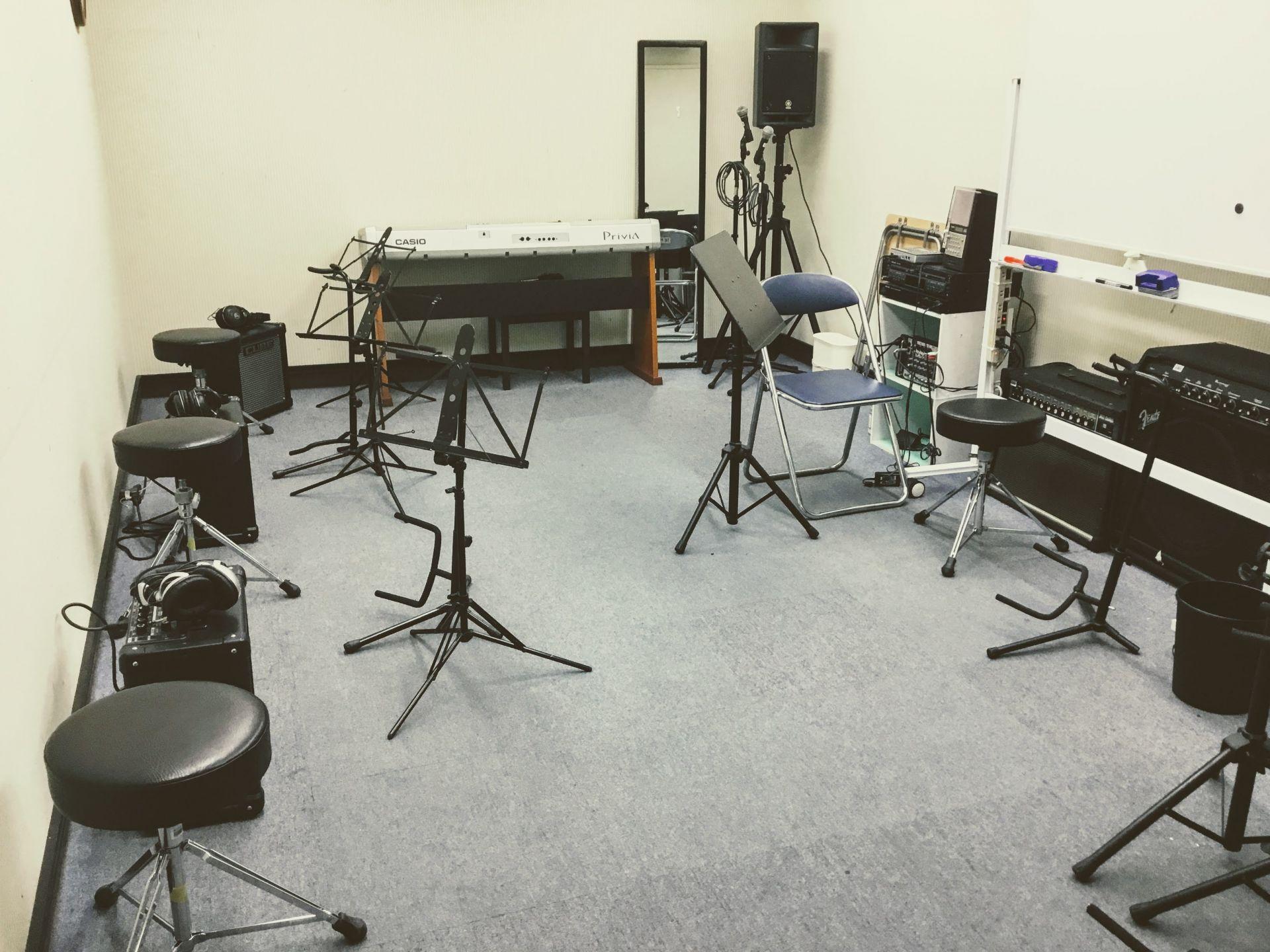 ギターレッスン室の写真